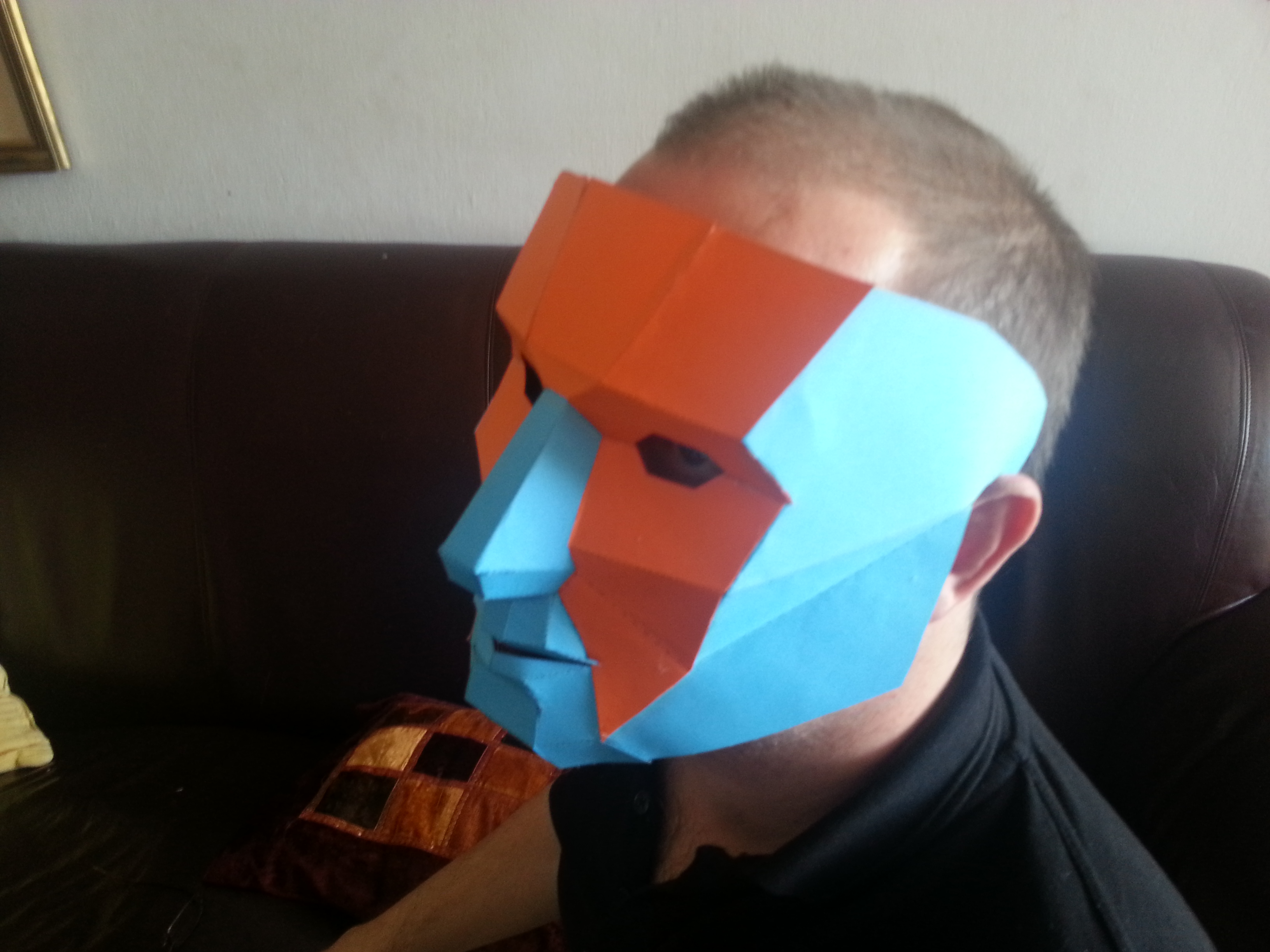 how to make a robin mask out of cardboard